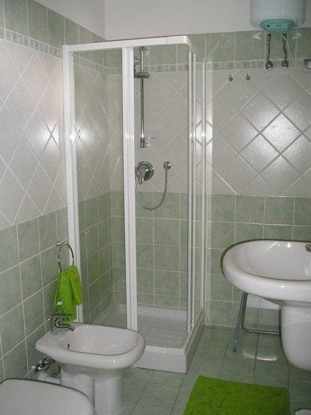 b&b Crisalide la Maddalena - bagno grecale