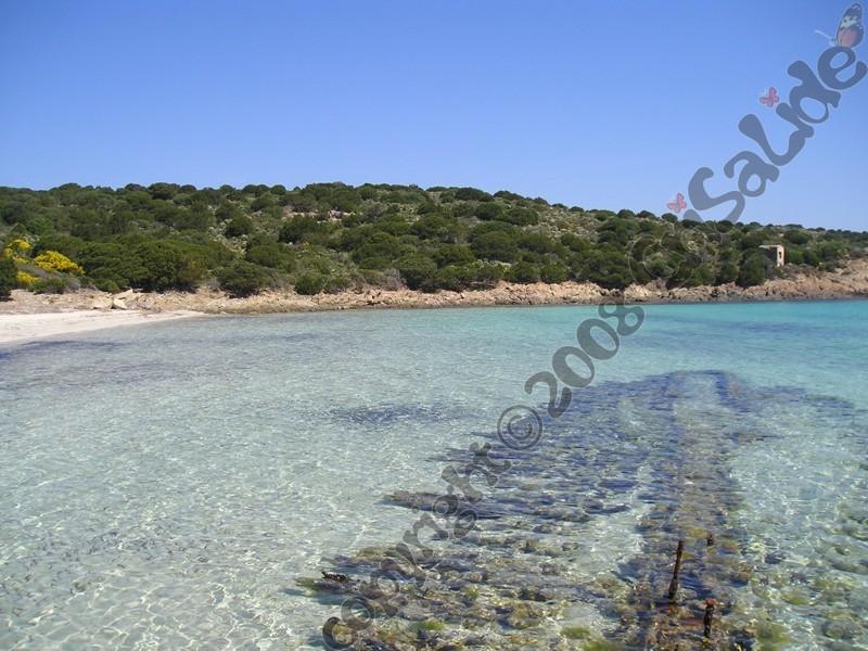 spiaggia-del-relitto-caprera-b&b-crisalide
